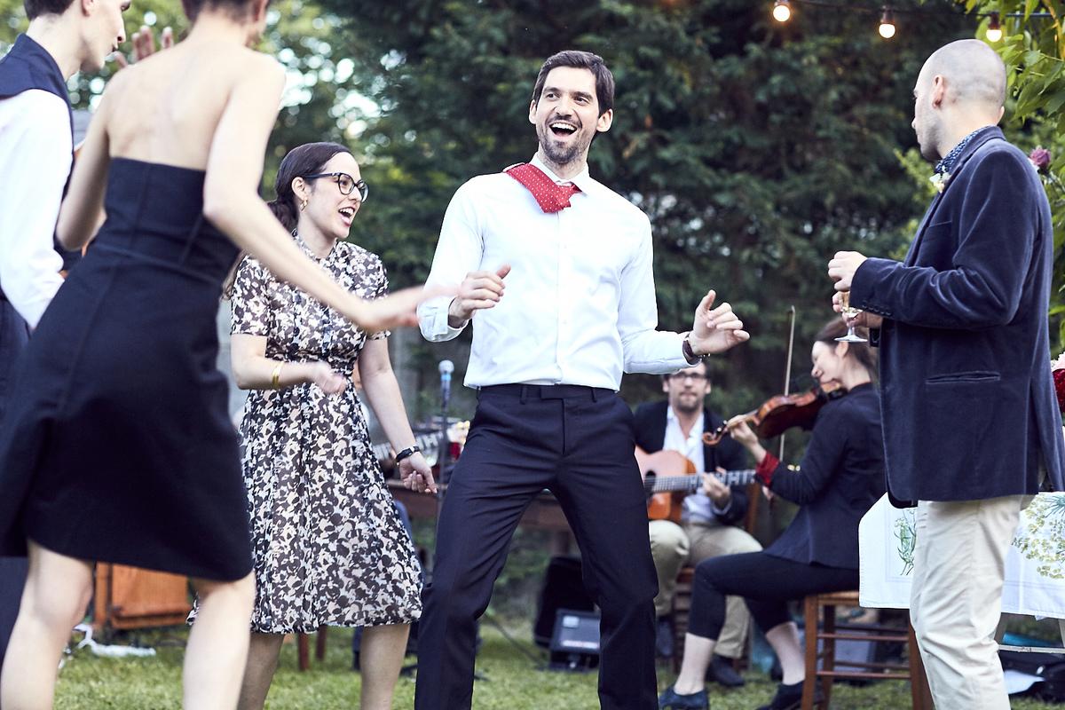 Le groupe Dyslexic Swing & The Silent Brocoli fait danser les mariés et leurs invités
